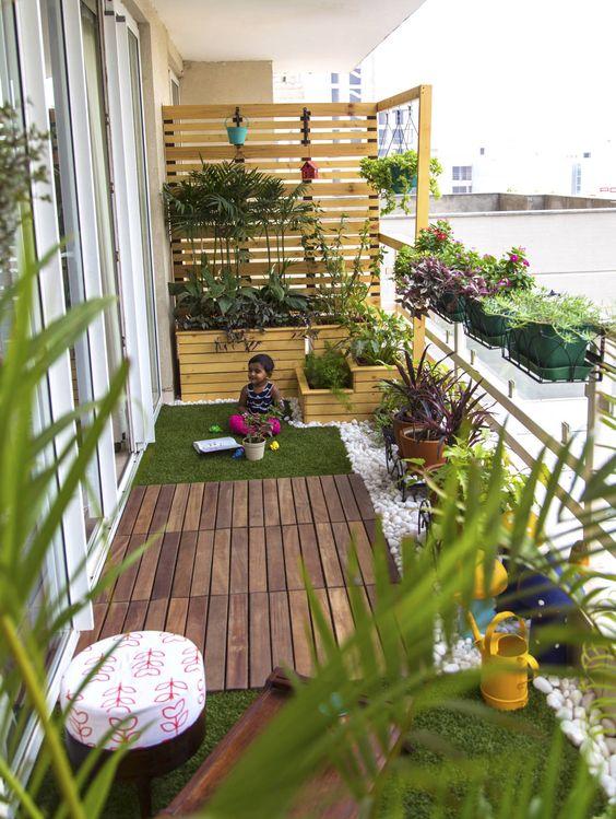 11 Amazing Balcony Gardens you will Love