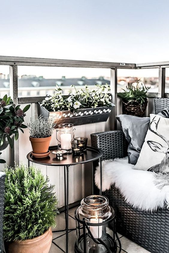 11 Amazing Balcony Gardens you will Love
